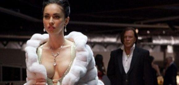 Megan Fox ya no consigue películas de éxito ni enseñando carne