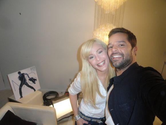 Sectores religiosos buscan impedir que Ricky Martin cante en Honduras ?
