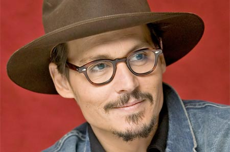 Oigan oigan !! Johnny Depp lanzará un disco?